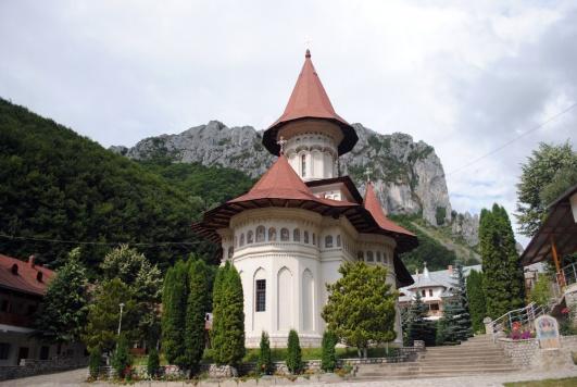 1-manastirea-ramet-2