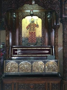 Moastele Sf Calinic la Manastirea Cernica